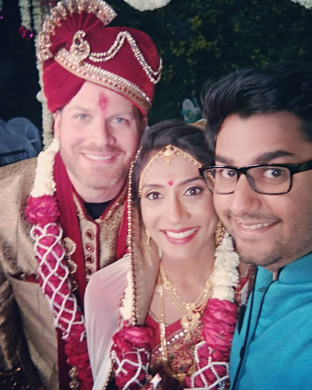 Today i lifted a Doli for the first time ever. Congratulations to my Sweet sister and Coolest Brother in Law. I wish both of you a Happily Married Life.  PS: This is our first perfect pic @masalawali