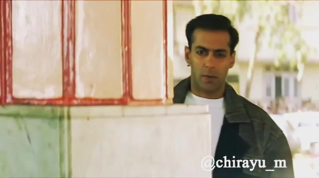 Salman's movie scripts be like... #MistryKeChitrapat  Tag your friends in comments  #funny #salmankhan #bhai #bollywood #bitchplease #action #fight #humour #comedy #comedian #gujju #gujarat #ahmedabad #surat #Vadodara #delhigram #instavideo #desi #instamumbai